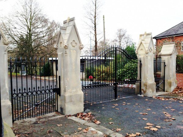 Gates & railings, Failsworth Cemetery, Oldham