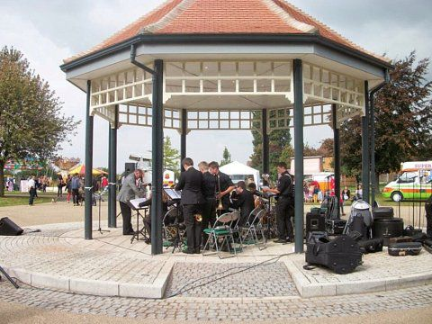 Bentley Park Bandstand, Doncaster - The completed bandstand in use