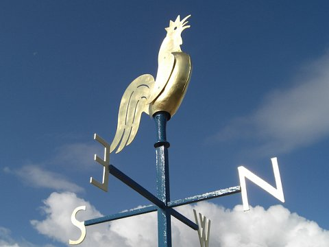 The new weathervane was gilded in 23.5 carat gold.