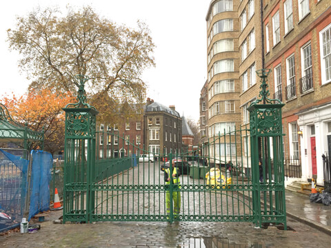 The gates were carefully levelled and aligned to ensure correct and safe operation.