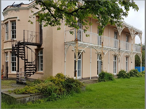 The Grade 2* listed cast iron veranda is believed to be a Coalbrookdale Works creation.