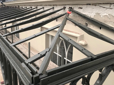The cast iron hipped roof structure utilised an unusual dovetail jointing method.
